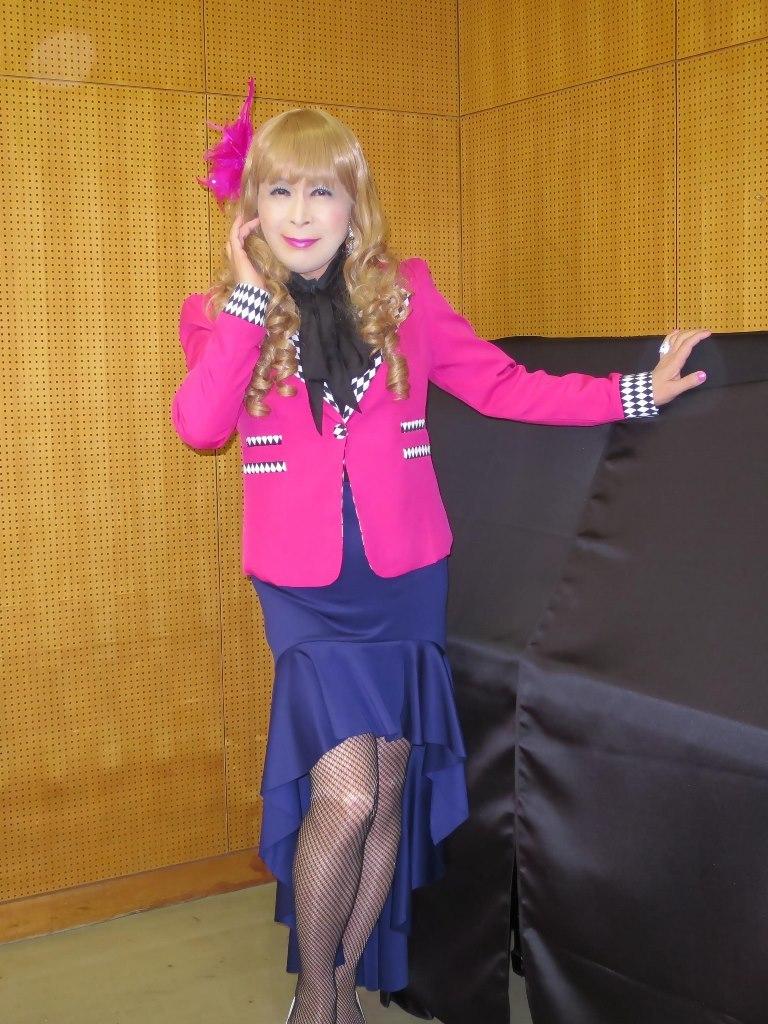 ピンク舞台用ジャケット控室(5)