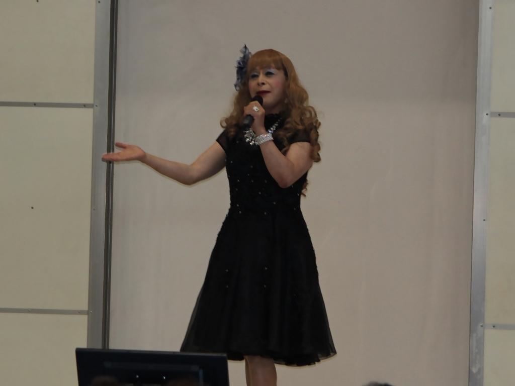 黒ショートドレス舞台(9)