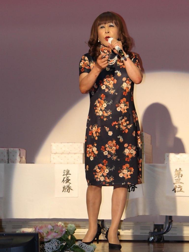 黒チャイナ服舞台(2)