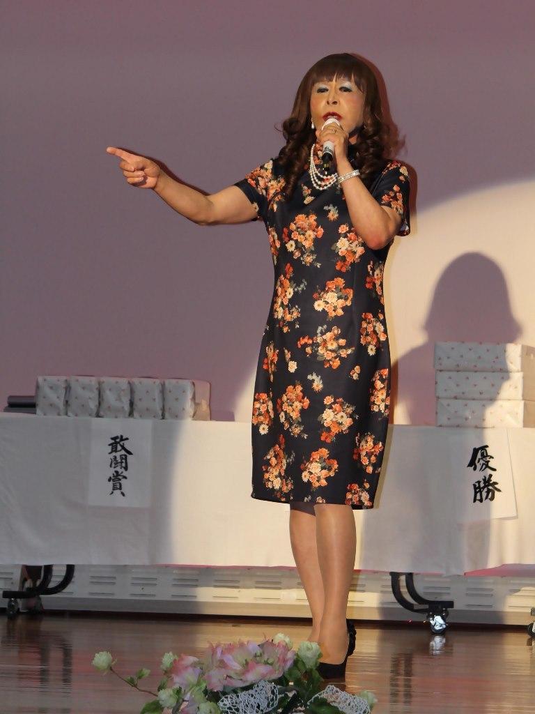 黒チャイナ服舞台(5)