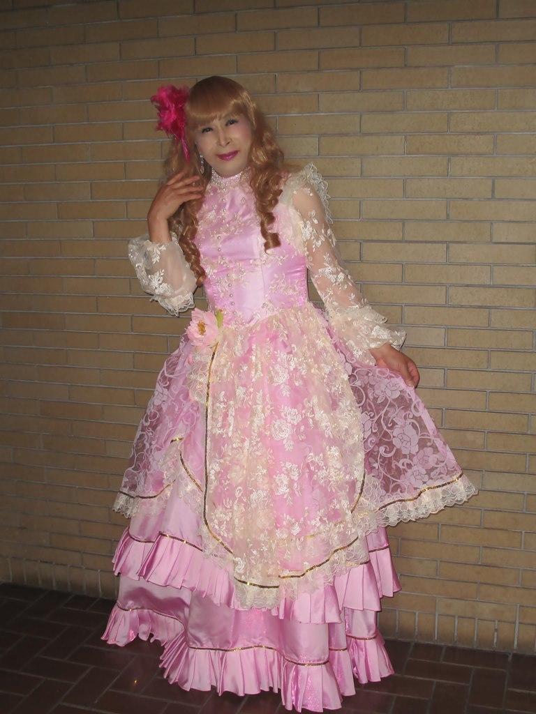 ピンククラシックドレスロビー(3)
