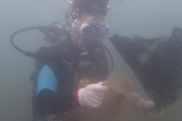 H29061811沖ノ島海底清掃