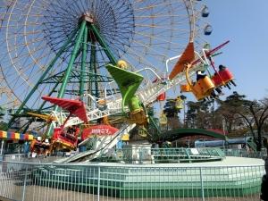 華蔵寺公園遊園地前11
