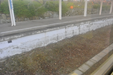 金光駅のレール撤去跡