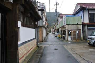 川本町裏通り