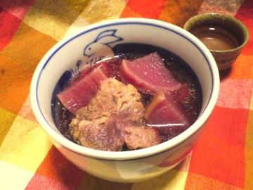 紅くるり大根と牛すね肉の煮込み