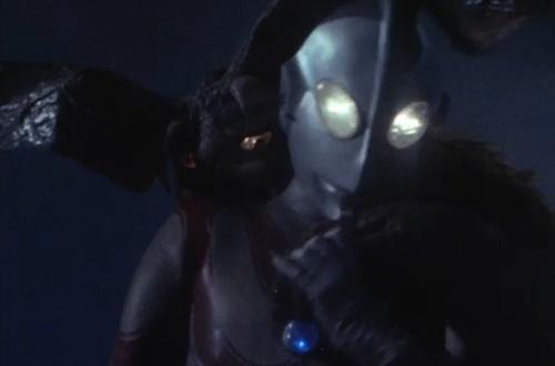 帰ってきた ウルトラマン やられ ピンチ エネルギー吸収 敗北