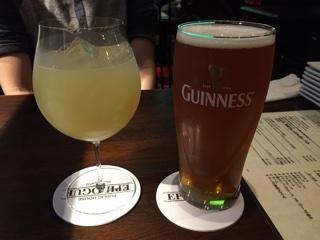 グレープフルーツジュース ・ ブリュードック エルビスジュース(IPA) 1パイント