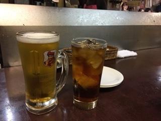 生ビールとウーロン茶