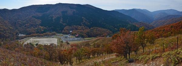 深入山登山道から見た景色