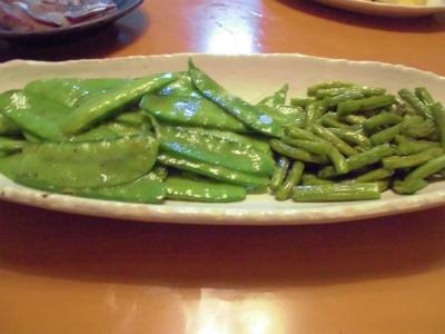 5.19サヤエンドウとニンニクの芽の炒め物