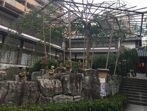六角堂・十六羅漢_H29.04.25撮影