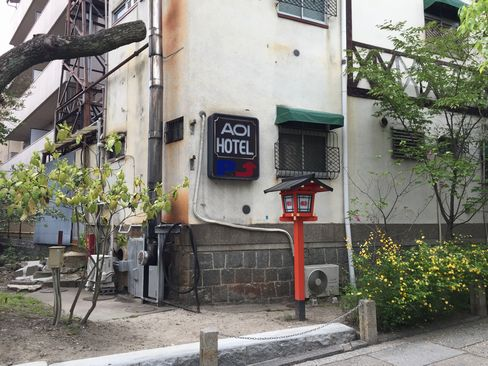 安井金毘羅宮・参道_H29.04.25撮影