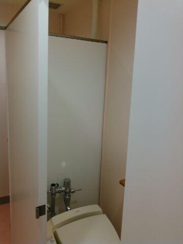 女子トイレ12
