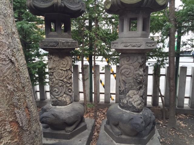 ヒプノセラピー スピリチュアルライフ 北海道神宮頓宮 石灯篭