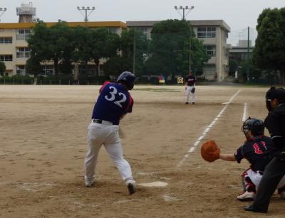 P6133160さらに2死二塁から5番が右前打を放ち、この回3点目