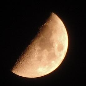0601上弦月