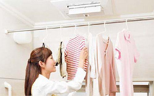 clothes_01.jpg