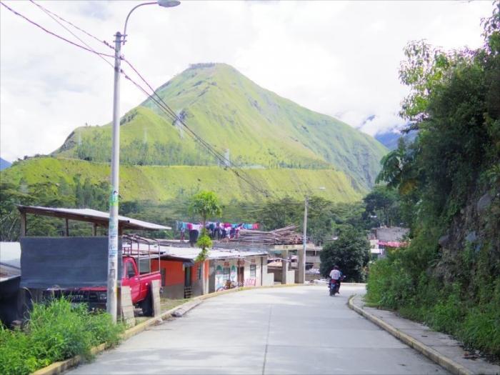 クスコからマチュピチュ村へ (20)