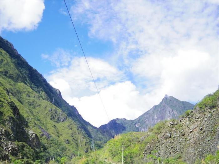 クスコからマチュピチュ村へ (23)