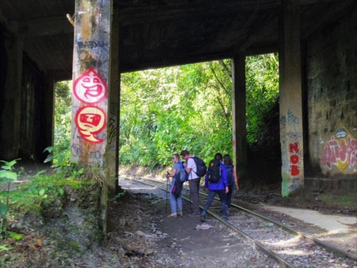 クスコからマチュピチュ村へ (40)