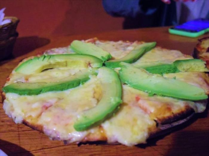 クスコでピザ (19)