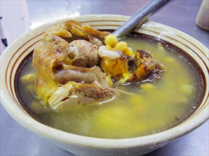 メキシコシティ屋台のスープ (1)