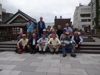加賀藩を代表して北ノ庄で記念写真も