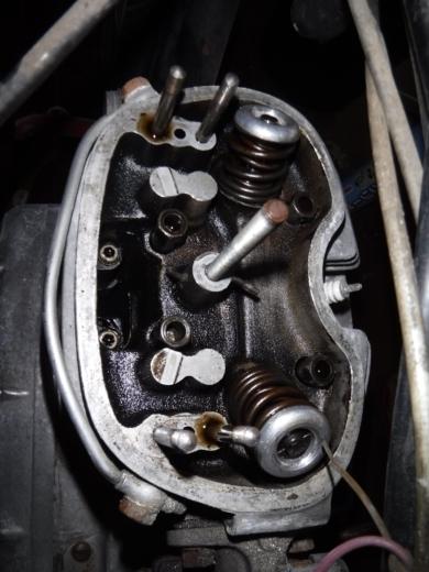 エンジン腰上分解 (14)
