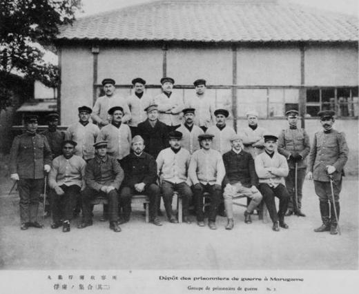 ドイツ兵丸亀捕虜収容所捕虜集合将校か1
