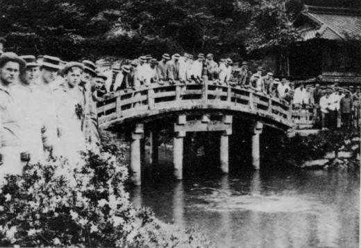 ドイツ兵捕虜久留米収容所散歩1