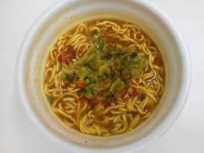 ココイチ 野菜の旨みコク辛カレーラーメン_05