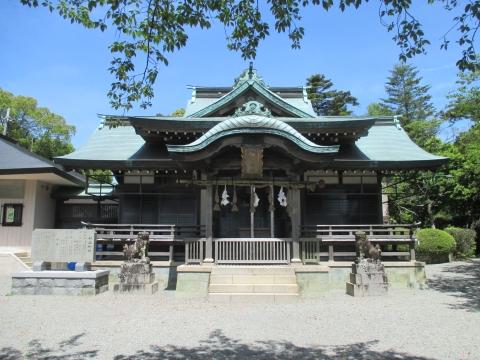 神出神社(雌岡山)