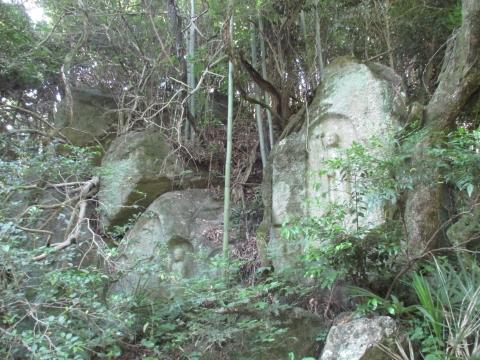 南椿尾磨崖仏