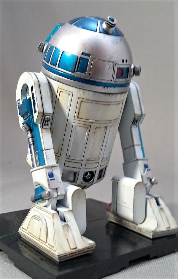 R2-D2完成3