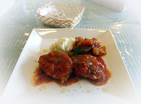 チキンのトマト煮・ラタトゥイユ
