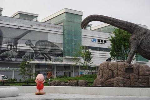 「やっぱり地元だね」 福井のショッピングセンター事情
