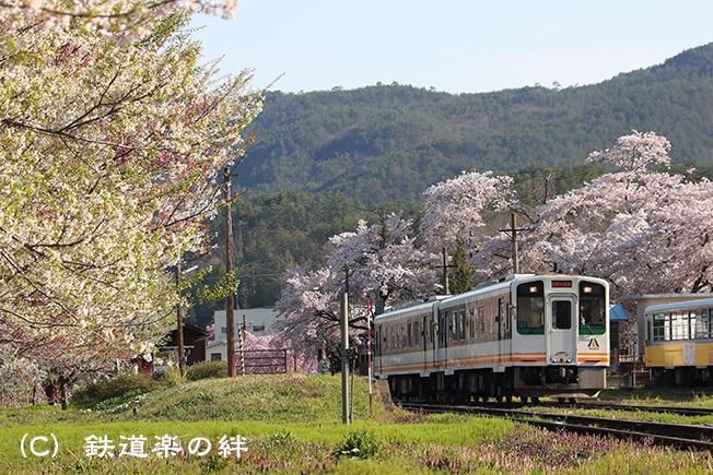 20170429芦ノ牧温泉駅1DX2