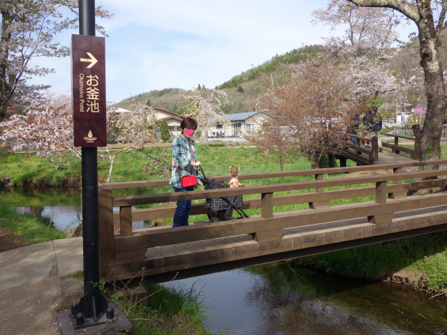 b_025川の橋