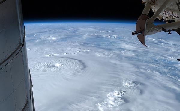 台風 タイフーン