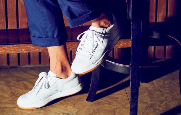 靴 スニーカー ファッション
