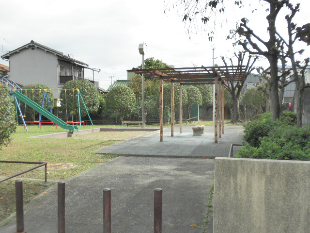 上津島2丁目児童遊園1610 (2)