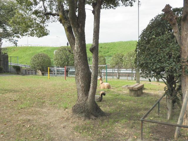 上津島2丁目児童遊園1610 (4)