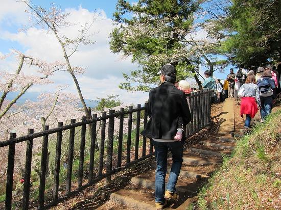 浅間神社展望台への階段