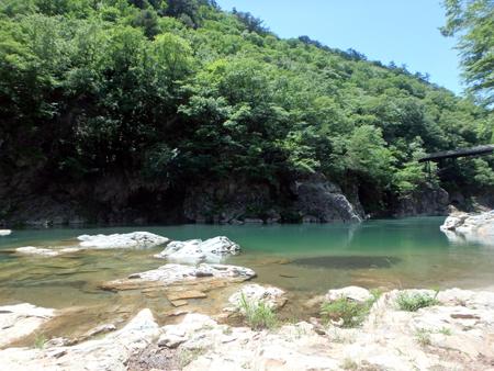 29_06_0912 透き通る水