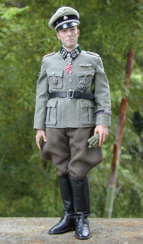 Joachim Peiper_SS-Ostubfhr_06