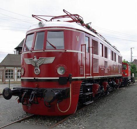 E19形電気機関車
