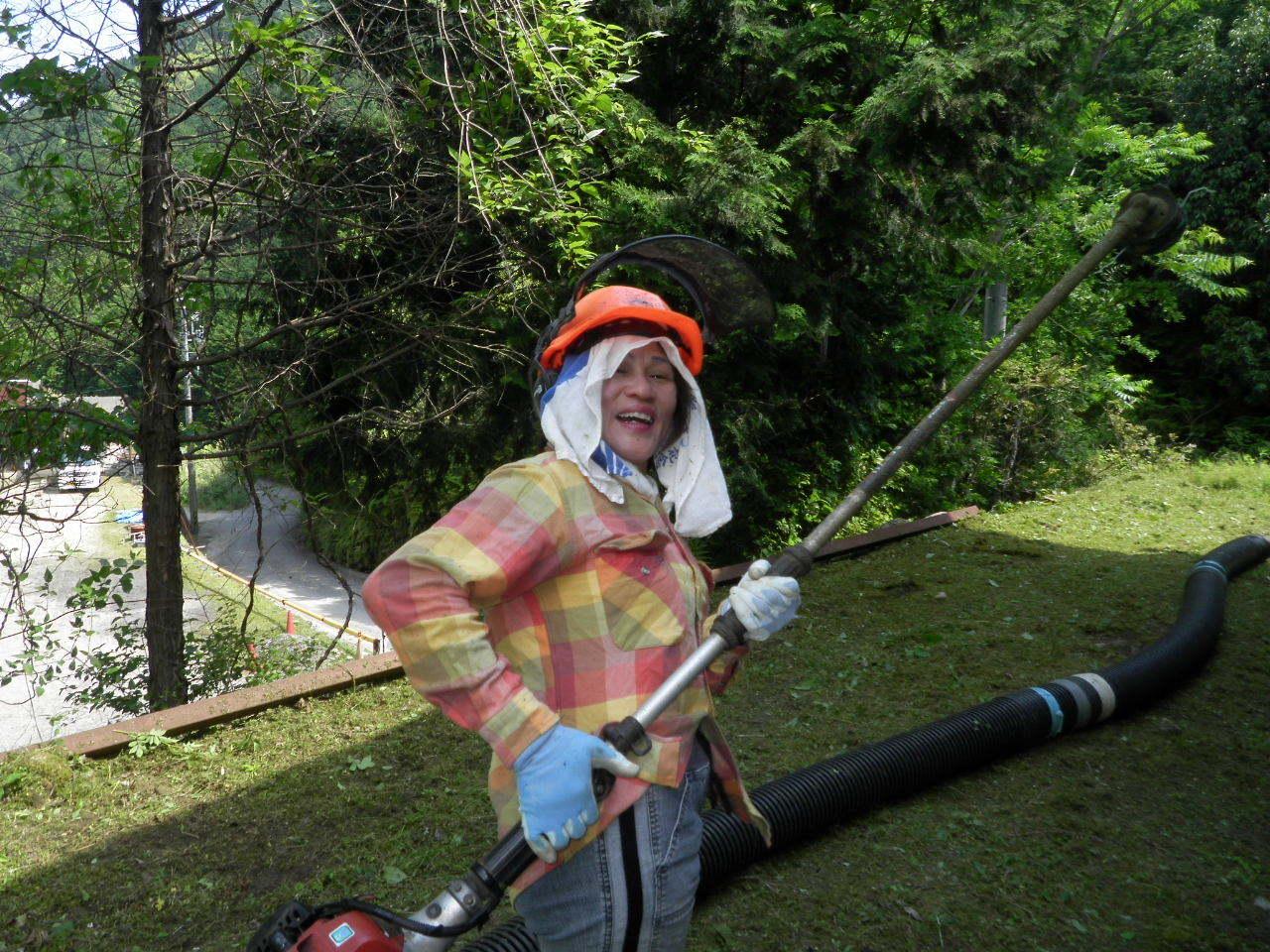 草刈おばさん62