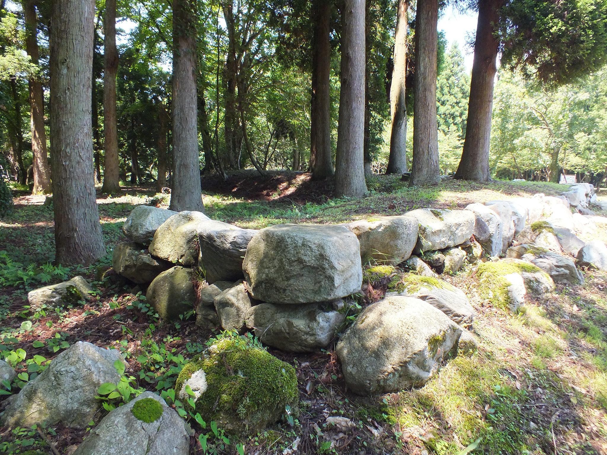 森寺城の石垣
