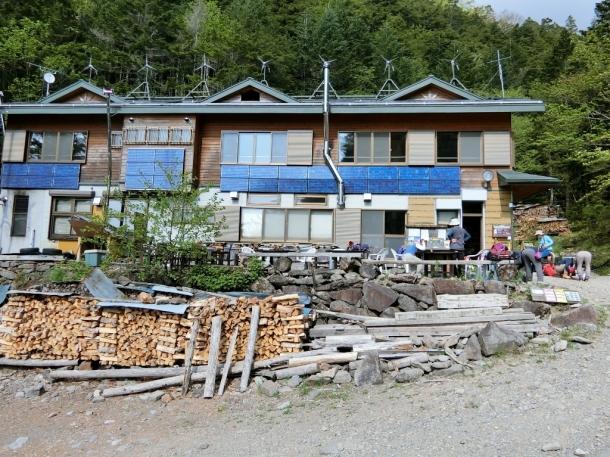 夏沢鉱泉2060
